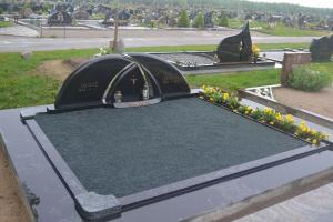 Antkapių ir paminklų gamyba Klaipėdoje ir Žemaitijoje