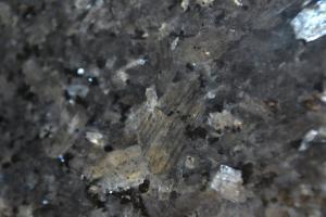 Granito plokštės kapui spalva Mėlynas perlas